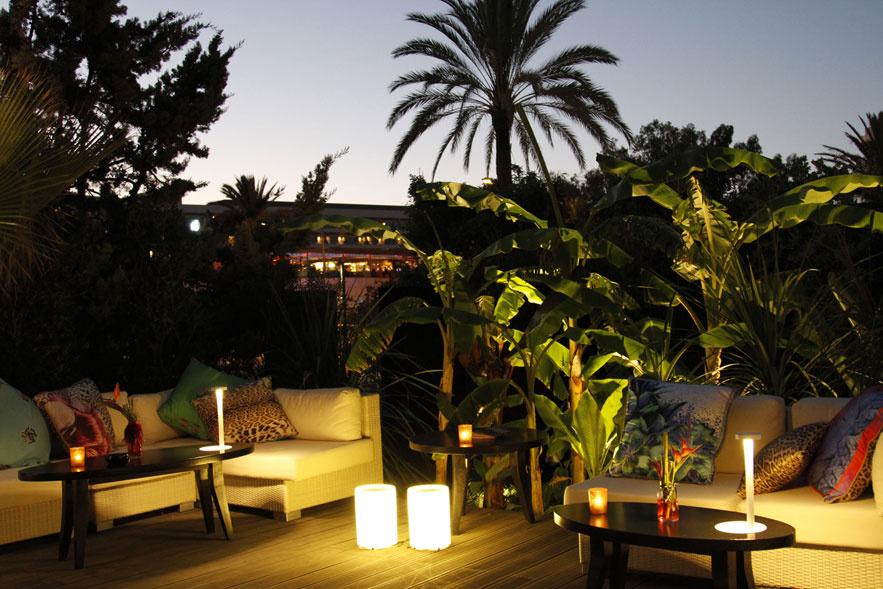 roberto_cavalli_ouvre_un_restaurant____ibiza_cavalli_restaurant___lounge__433296101_north_883x.1