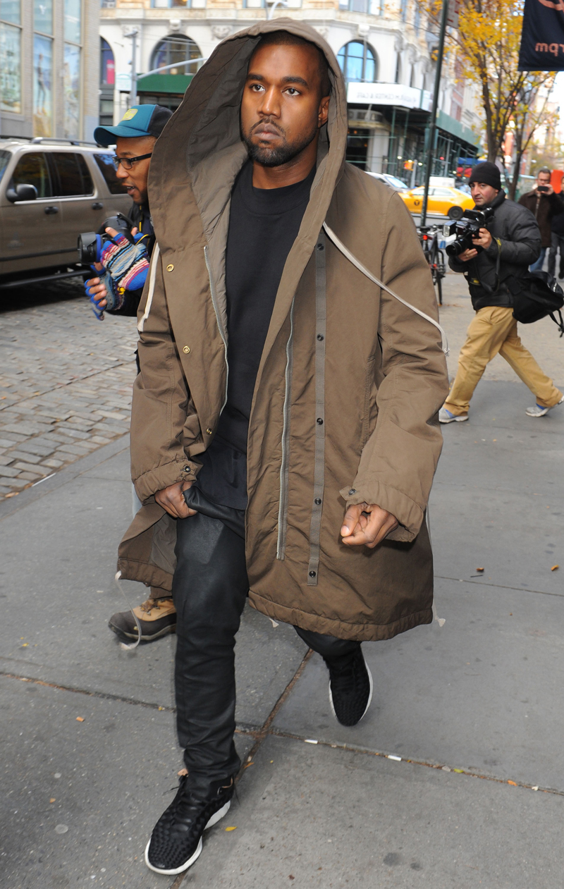 Kim Kardashian and Kanye West out and about, New York, America - 19 Nov 2013
