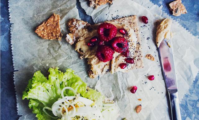 Recept på enkelt och lyxigt fröknäcke – perfekt till alla måltider