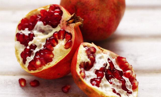6 fantastiska och otippade saker som händer i din kropp när du äter granatäpple