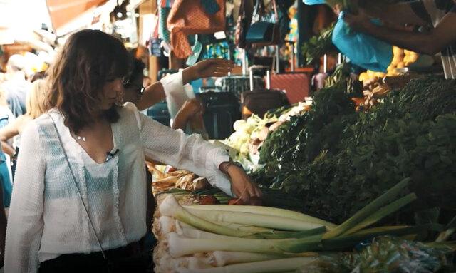 Techno, himmelsk mat och mattfynd med Pamela Bellafesta i Tel Aviv