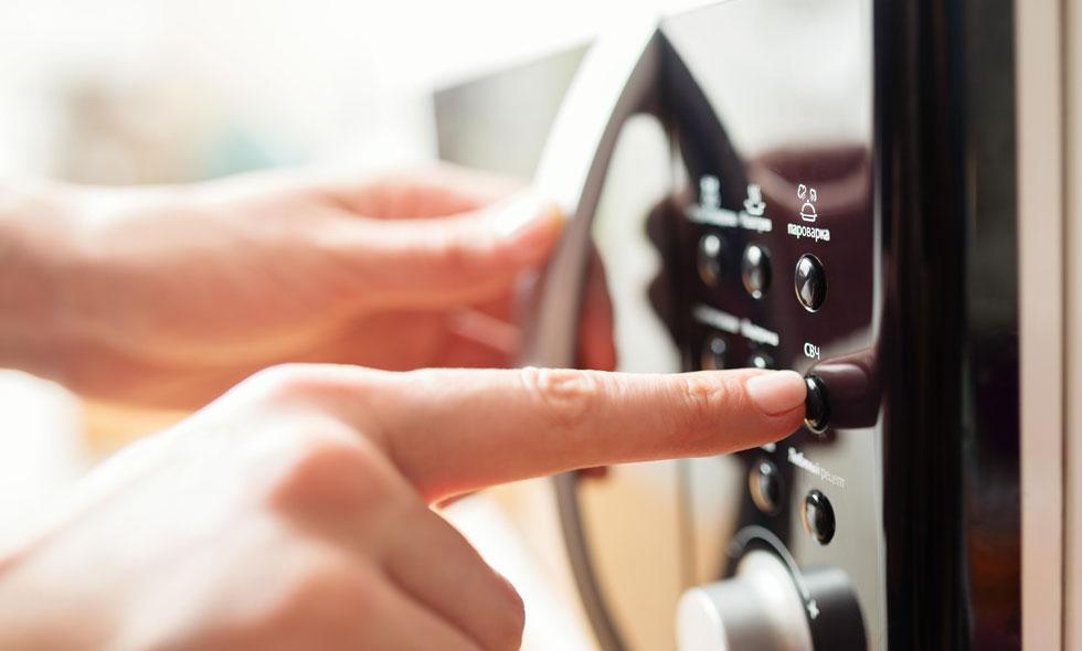 6 saker du aldrig ska värma i micron