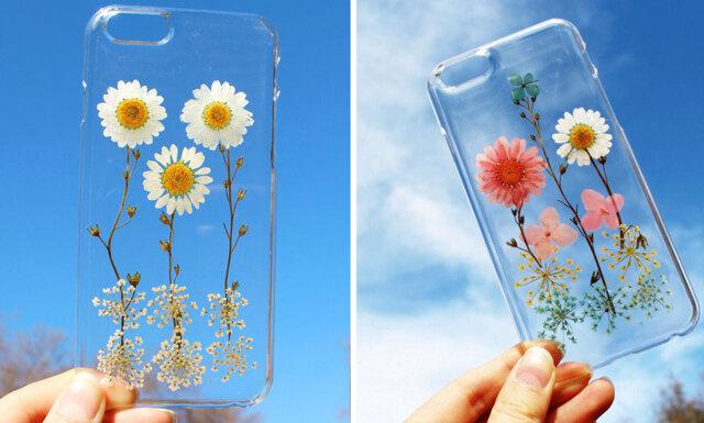 Dessa mobilskal med riktiga blommor är helt fantastiska