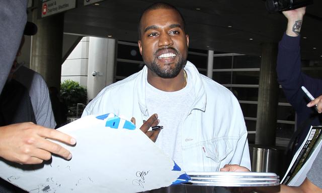 Breaking news: Kanye West på besök på Ikea i Älmhult