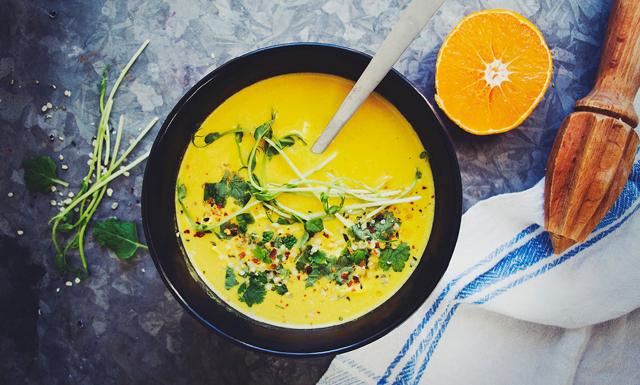Busenkel och färgglad soppa med morot och citrongräs – nyttig och god