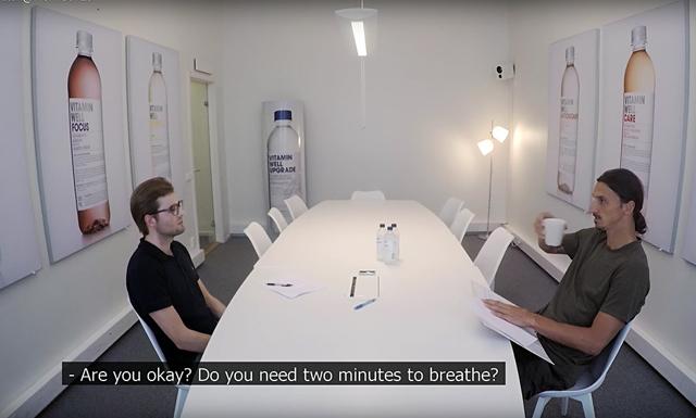 Den pinsamma stämningen på Zlatans arbetsintervju