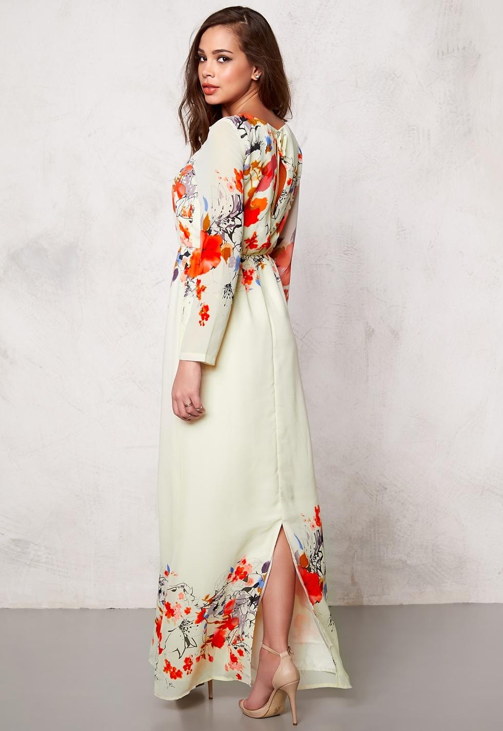 amningsbar klänning för kavaj bröllop