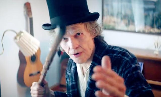 Håkan Hellström som nostalgisk gubbe i nya videon till låten