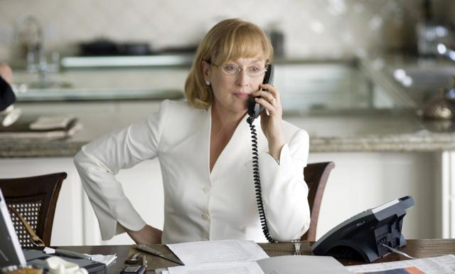 11 tecken på att du är surtanten på jobbet