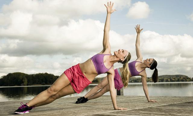 Hemligheten bakom din sommarträning är två papptallrikar (ja det är sant!)