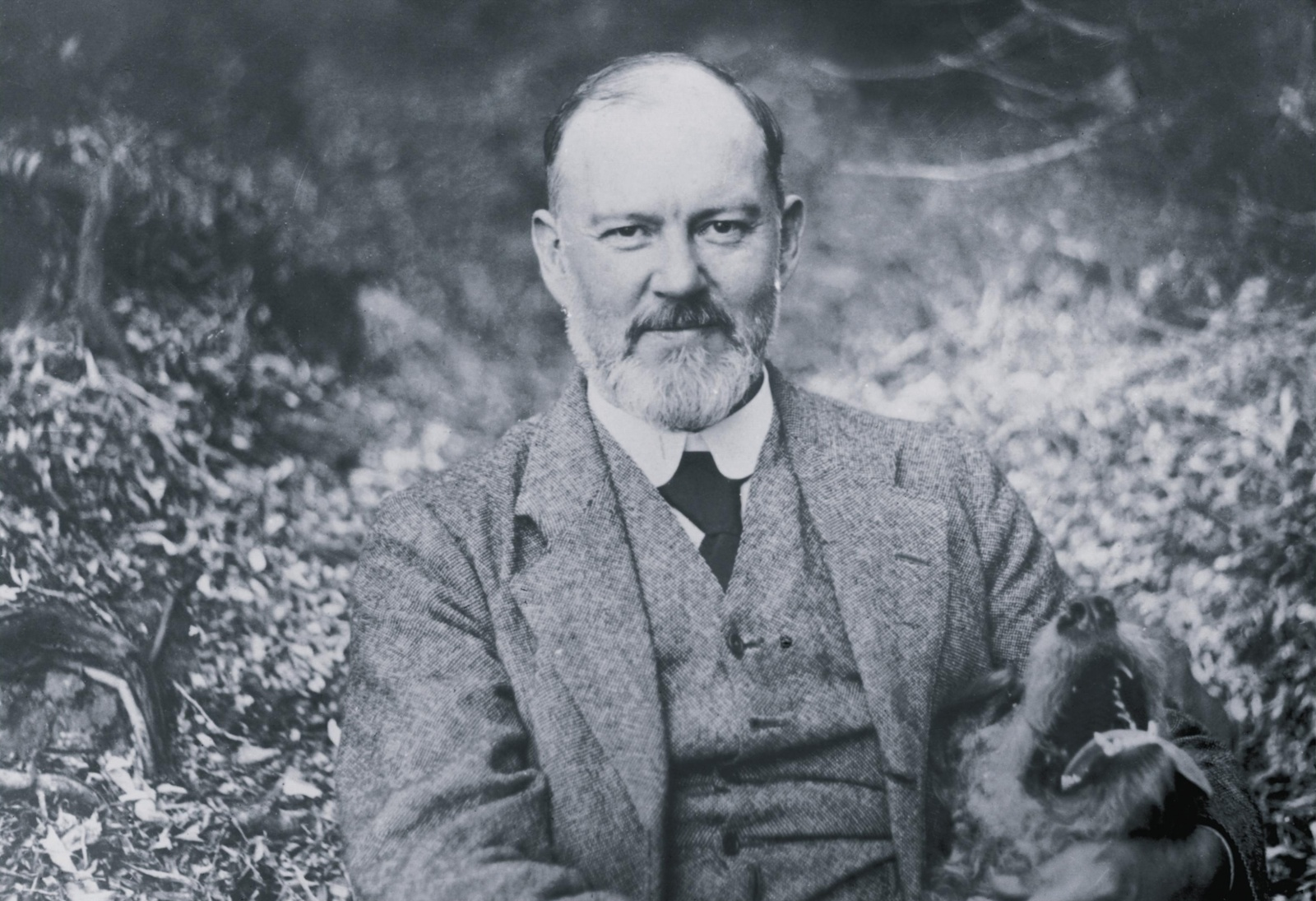 Sir-Henry-Royce