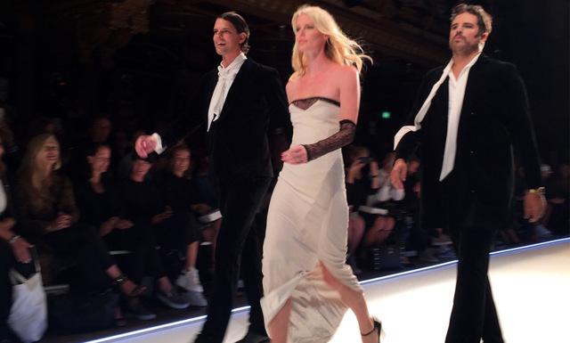 Alex och Sigge stal modeshowen under Daisy Graces kändistäta visning