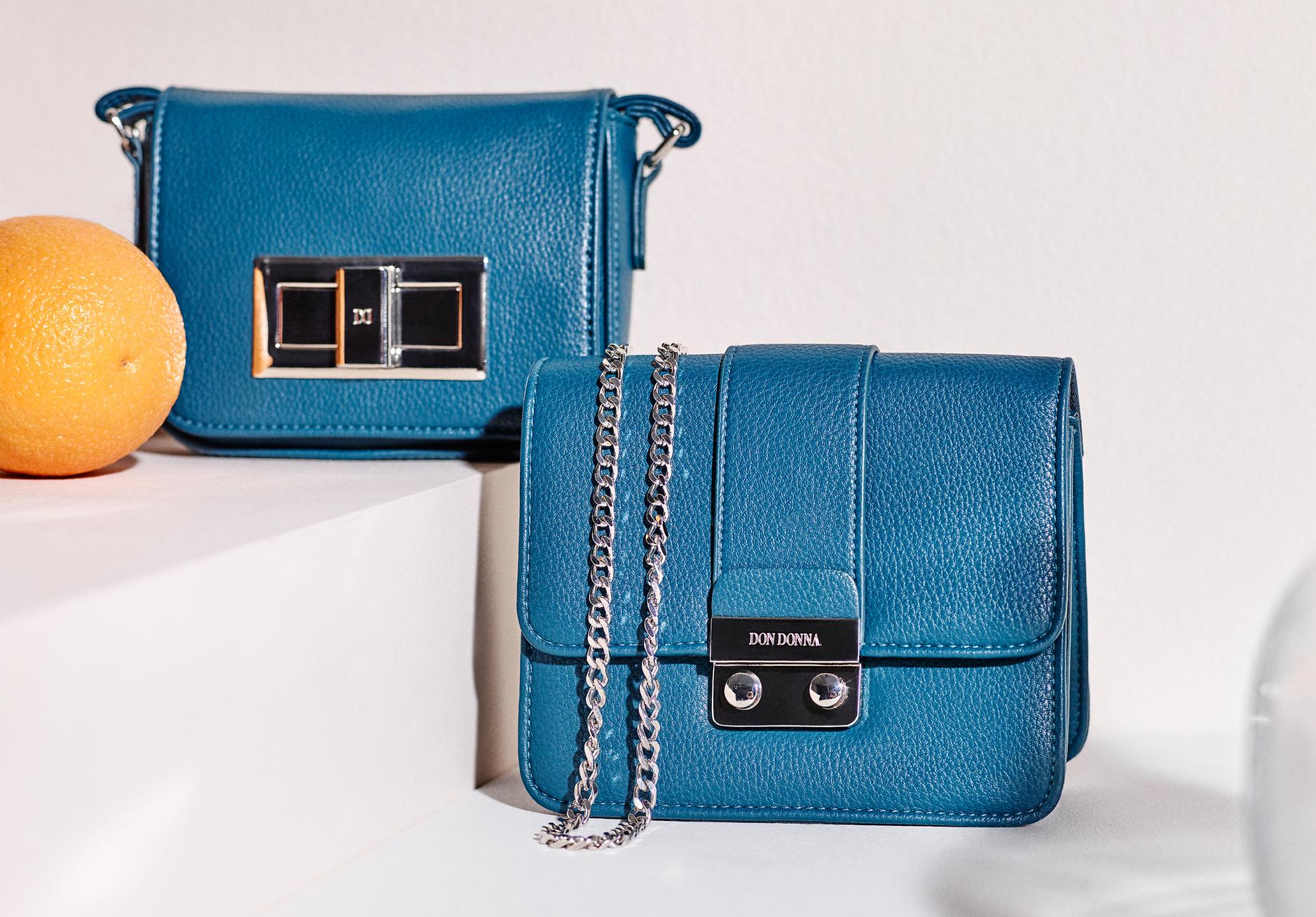 Accent blå miniväskor