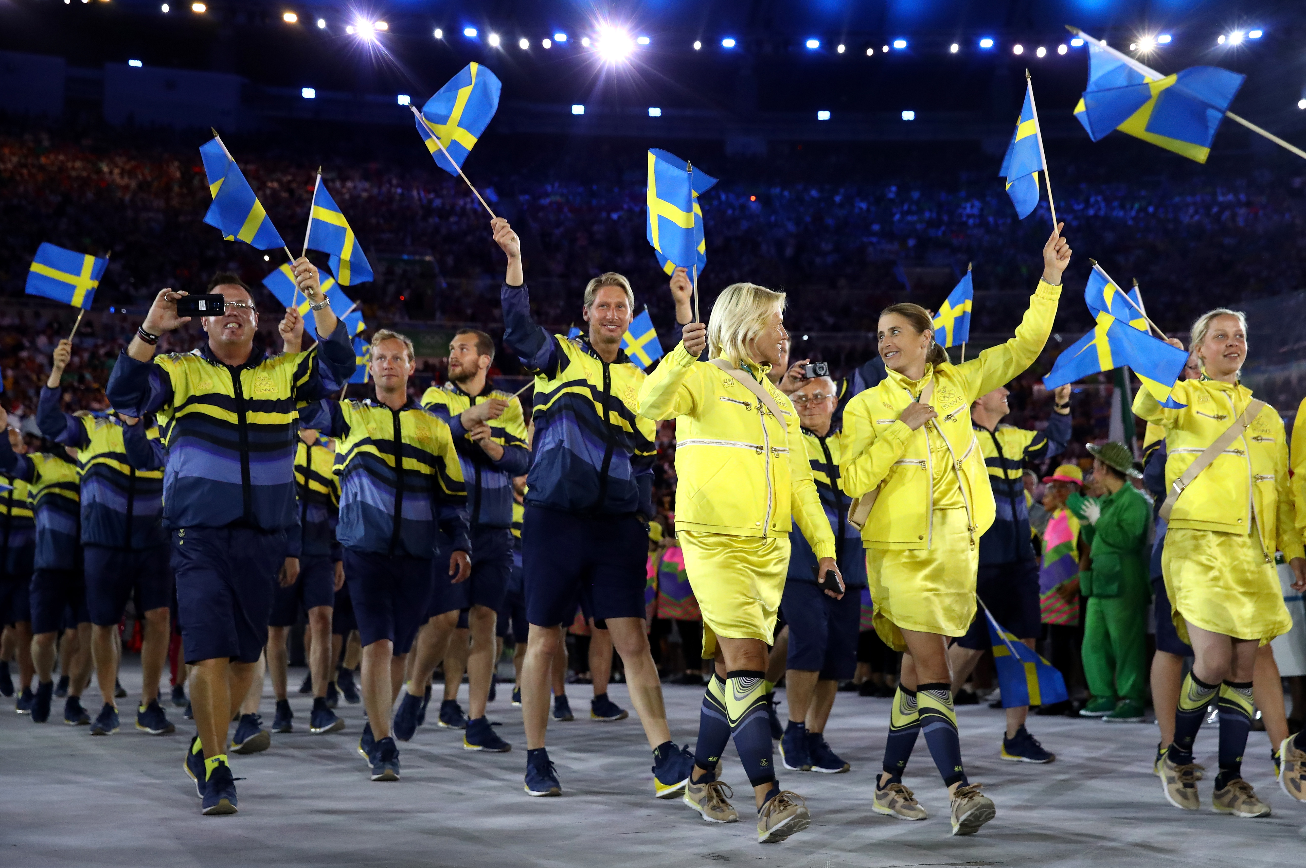 RIO DE JANEIRO, BRAZIL - AUGUST 05: Members of the Sweden team take part during the Opening Ceremony of the Rio 2016 Olympic Games at Maracana Stadium on August 5, 2016 in Rio de Janeiro, Brazil. (Photo by Cameron Spencer/Getty Images)