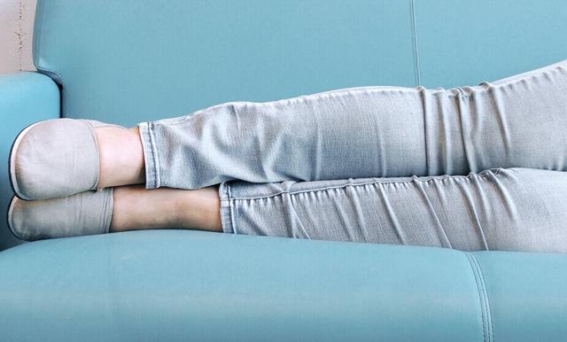 7 grymma hälsoeffekter du får av att stanna på soffan i kväll