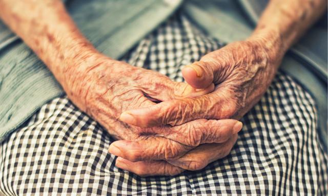 Världens äldsta kvinnor avslöjar hemligheten bakom ett långt och lyckligt liv