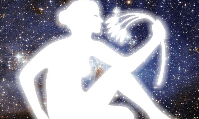 Stort horoskopspecial: Jungfrun så här blir ditt 2017!