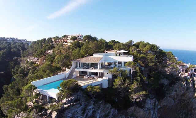 Det här huset i Spanien är nästan för fint för att vara sant