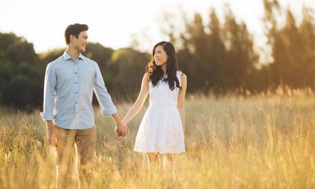 En man friade i tre år - se reaktionen när hans livs kärlek tillslut förstår