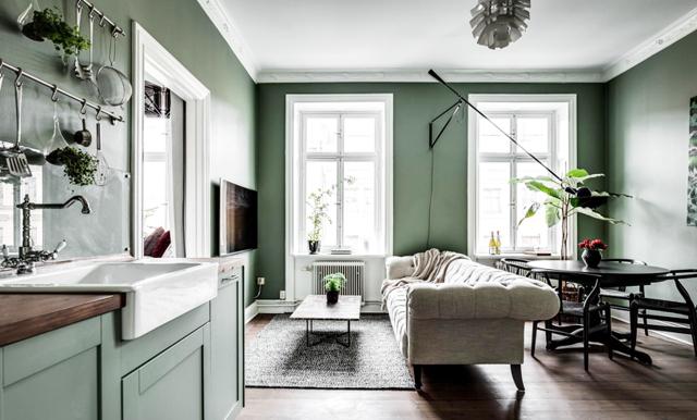 Stockholms finaste minitvåa erbjuder 34 kvadratmeter inredningsinspiration