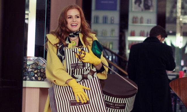 Modekedjorna börjar ta betalt för sina plastpåsar – initiativet är det bästa på länge