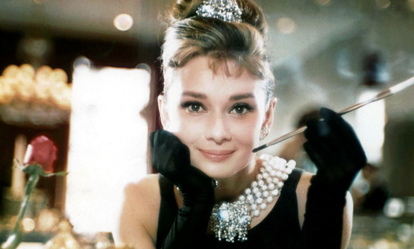 Snart kan du köpa Audrey Hepburns tidlösa och stilsäkra garderob – på auktion!