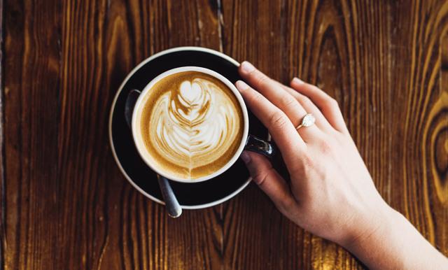 Enkla knepet som förvandlar ditt morgonkaffe till en kokosdröm