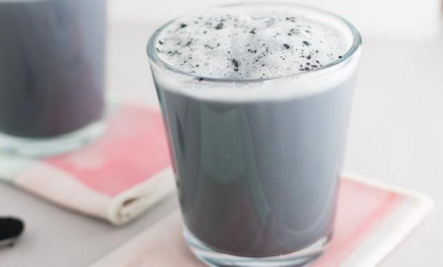 Svart latte med kol är nya Instagram-trenden