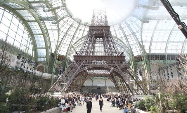 Chanel byggde kopia av Eiffeltornet för haute couture-visningen i Paris