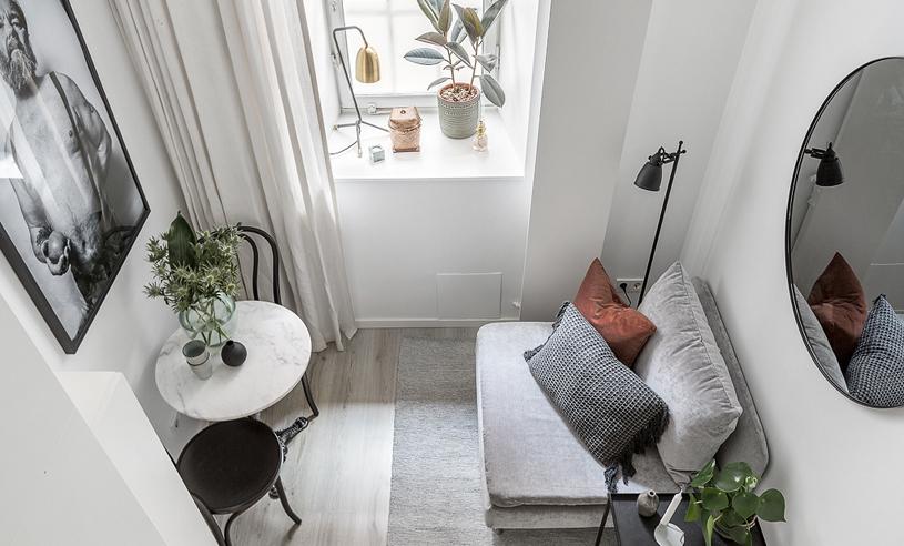 WOW! Kolla in i Stockholms minsta lägenhet som rymmer ALLT – på 10 kvadratmeter