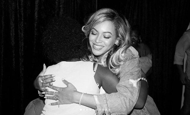 Beyoncé möter de överlevande efter orkanen – och det är det finaste på länge