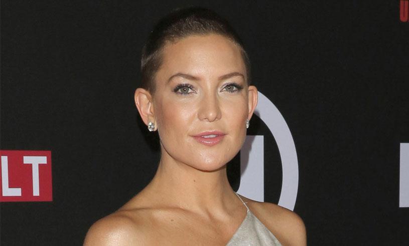 Så här har vi aldrig sett Kate Hudson förut – har rakat av sig håret