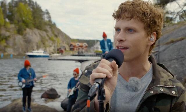 """Adam Pålsson sjunger """"Sol vind och vatten"""" och det är magiskt bra"""