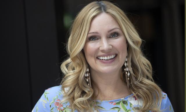 Jessica Almenäs öppnar upp om tiden efter utmattningen: