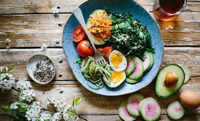 Förenkla vardagen! 6 vegetariska och hälsosamma matkassar med leverans direkt till din dörr