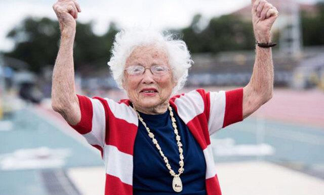 Om Julia Hawkins kunde börja springa hon var 100 år – då kan du också komma igång!