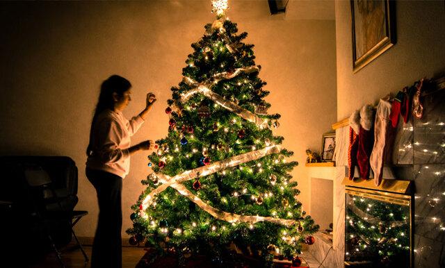 Studie visar – de som börjar julpynta tidigt är lyckligare