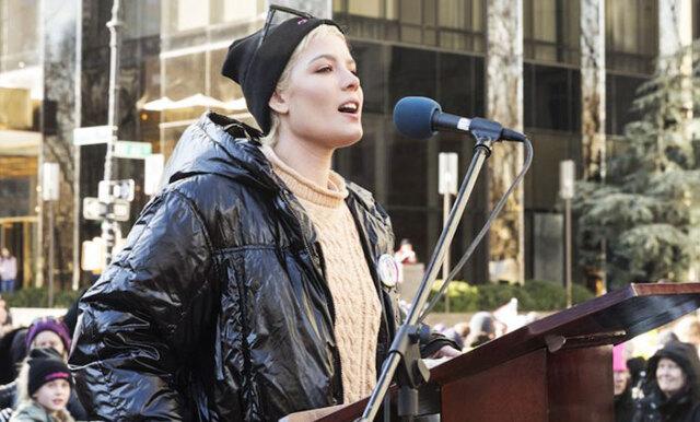 """Halseys Women's March-dikt har berört människor i hela världen: """"Det här är början – inte finalen"""""""