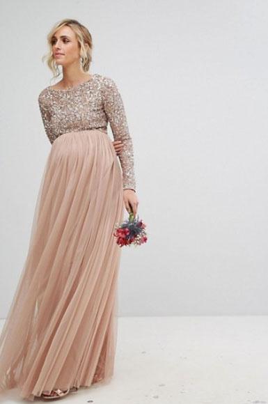 gravidklänning till bröllop