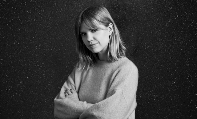 """Flora Wiström: """"Jag tränar aktivt på att inte göra något vettigt som har med prestation att göra"""""""