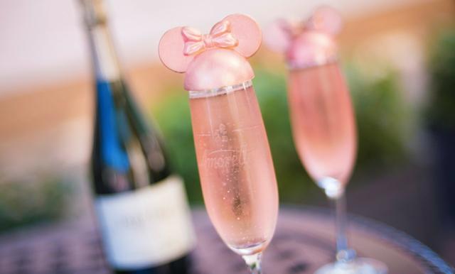 Disney lanserar årets drömmigaste drink – Mimmi-bubbel