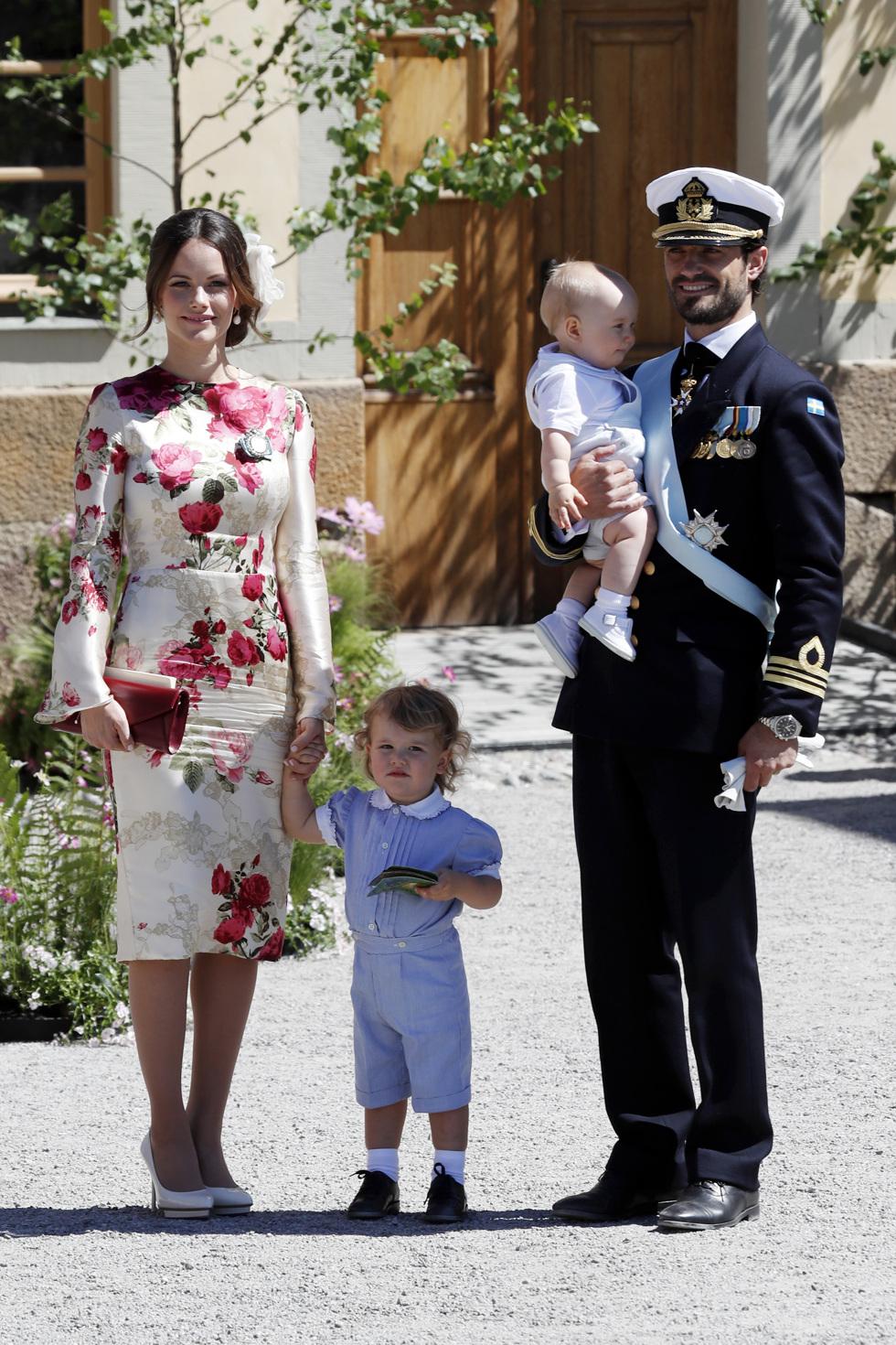 Spana in Madeleine, Victoria och Sofias blommiga drömoutfits