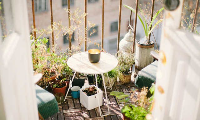 Maxa balkongmyset på en liten budget