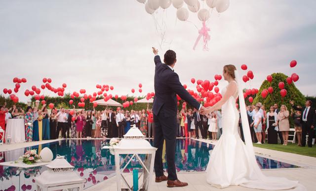 Vägen till vigseln: Hetaste trenden 2018 välkomnar nattklubben till bröllopet