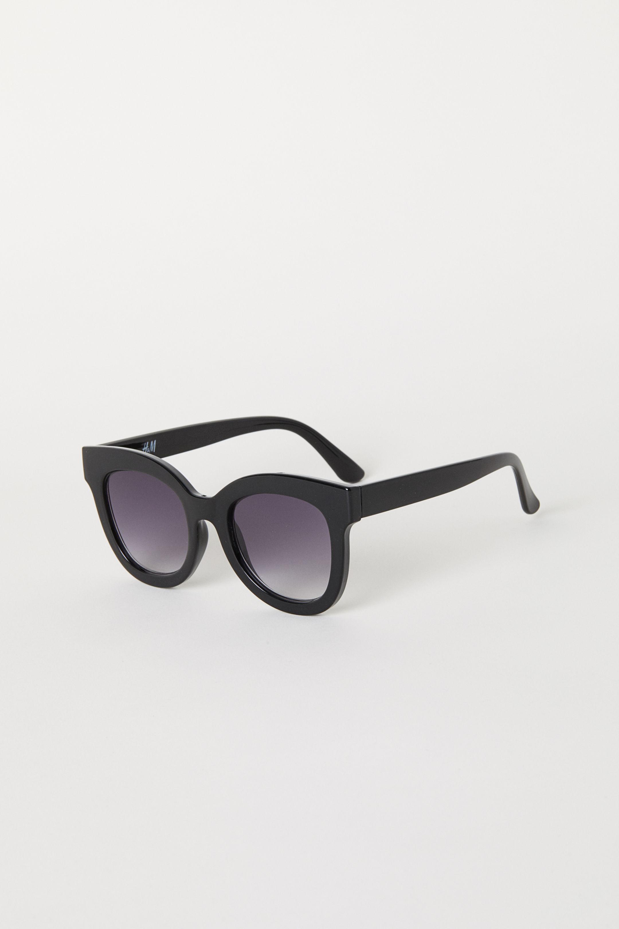 Skydda dig säkert – här är sommarens snyggaste solglasögon - Metro Mode 28ee03d4879ad