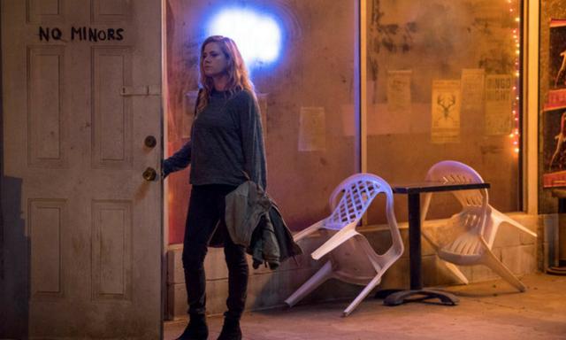 """Nya """"Sharp Objects"""" är sommarens mörkaste thriller: """"Kuslig känsla"""""""