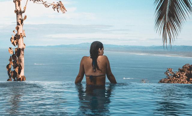 4 enkla tips – så undviker du att känna dig stressad under semestern
