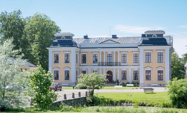 Drömmen om ett riktigt slott kan bli sann – ta en titt inuti veckans finaste hem