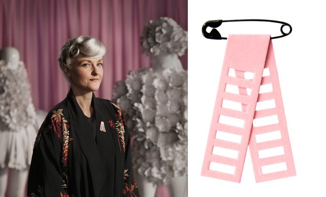 Bea Szenfeld designar årets Rosa band – här är symboliken bakom det