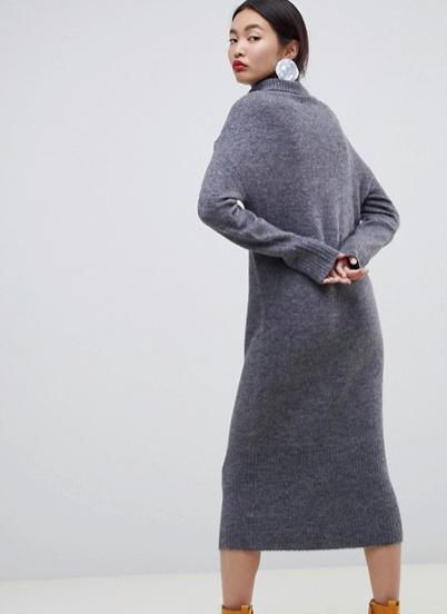 stickad klänning hm